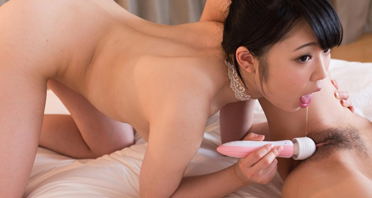 Yui pleasures Aiku with a vibrator and her tongue