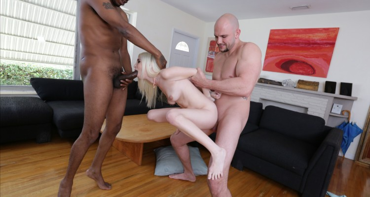 Piper Perri gets tag-teamed by two hung dudes