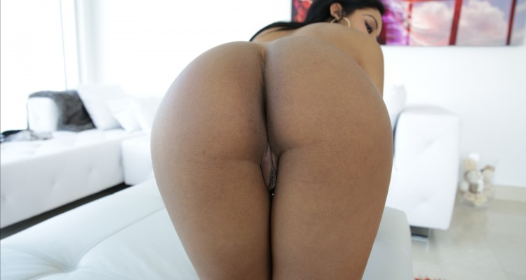 Aaliyah Grey presents her ass at Bang POV