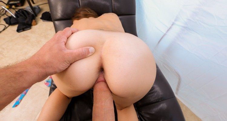 Kharlie Stone fucks monster cock