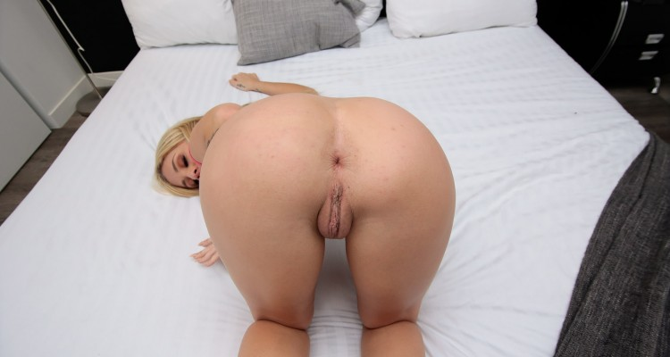 Madelyn Monroe ready for the dick
