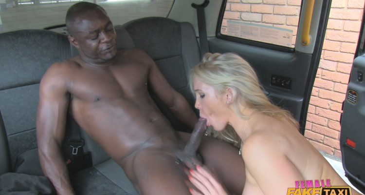 Taxi driver blows a well-endowed black man