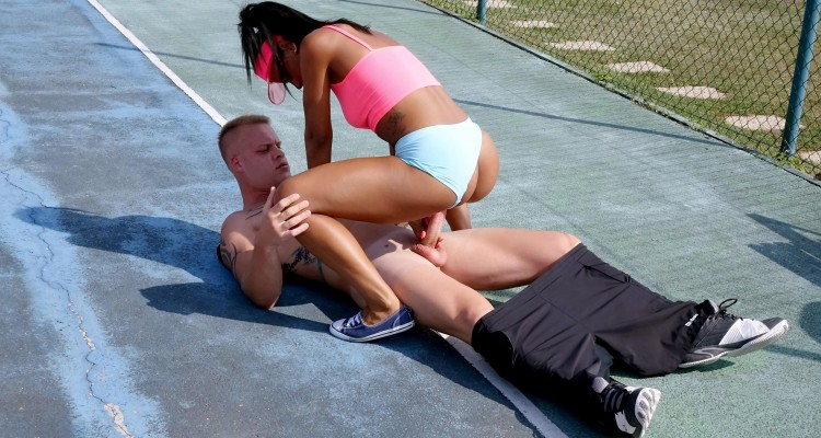outdoor fuck on the tennis court