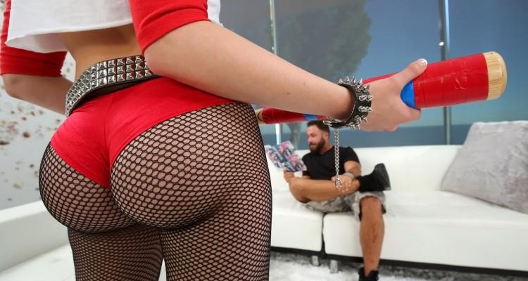 Mia Malkova fat ass in fishnets