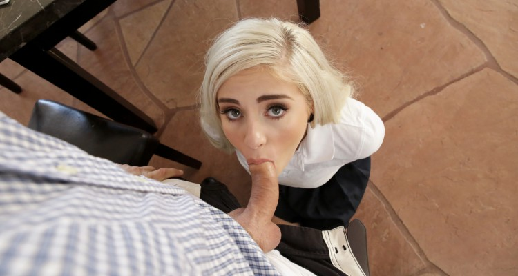 Naomi Woods on her knees