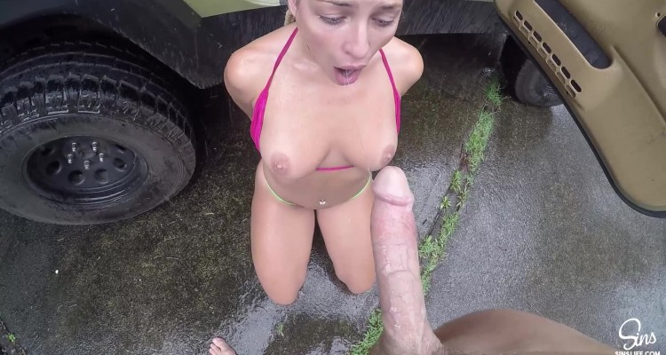 Johnny and Kissa public sex